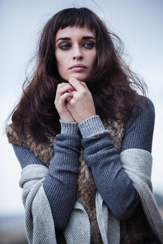 From dusk to dawn Photography: Fanny van Poppel Model: Janneke Jeurissen